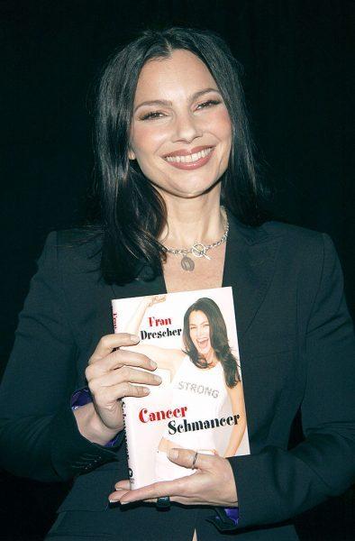 fran-drescher-cancer-schmancer-2002