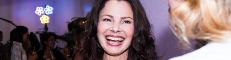 """Fran Drescher condivide il consiglio che darebbe a se stessa da giovane: """"Sei splendida"""""""