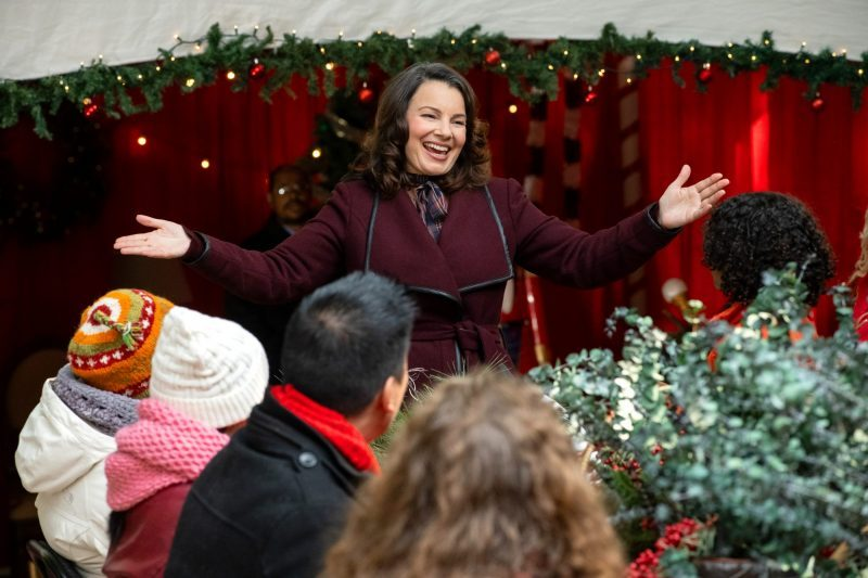 The-Christmas-Setup-fran-drescher-3