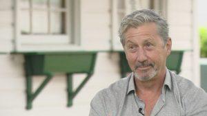 Intervista a Charles Shaughnessy: com'era baciare Fran, dubbi su un sequel, forse una prossima reunion?